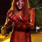 [News] Premières images de Chloe Moretz et Julianne Moore dans le remake de Carrie
