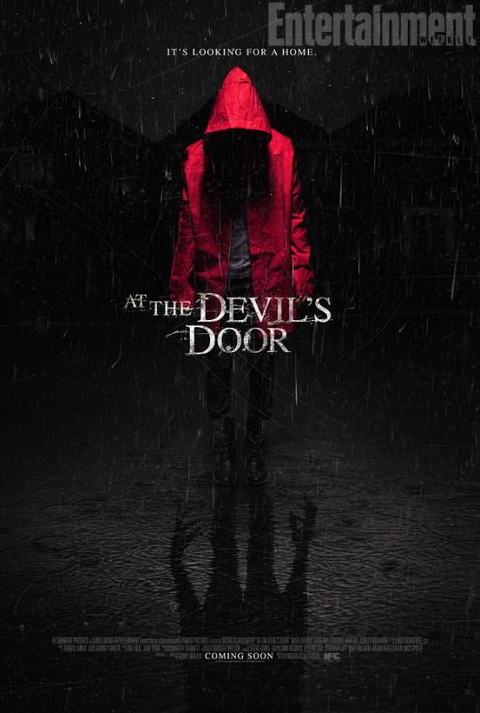 [Trailer] At the Devil's Door : le chaperon rouge est de ... Horns Movie Poster