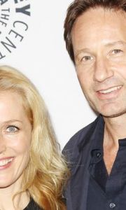 X files Gillian-Anderson-and-David-Duchovny