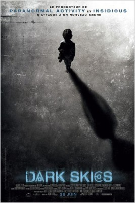 "Affiche du film ""Dark Skies"""