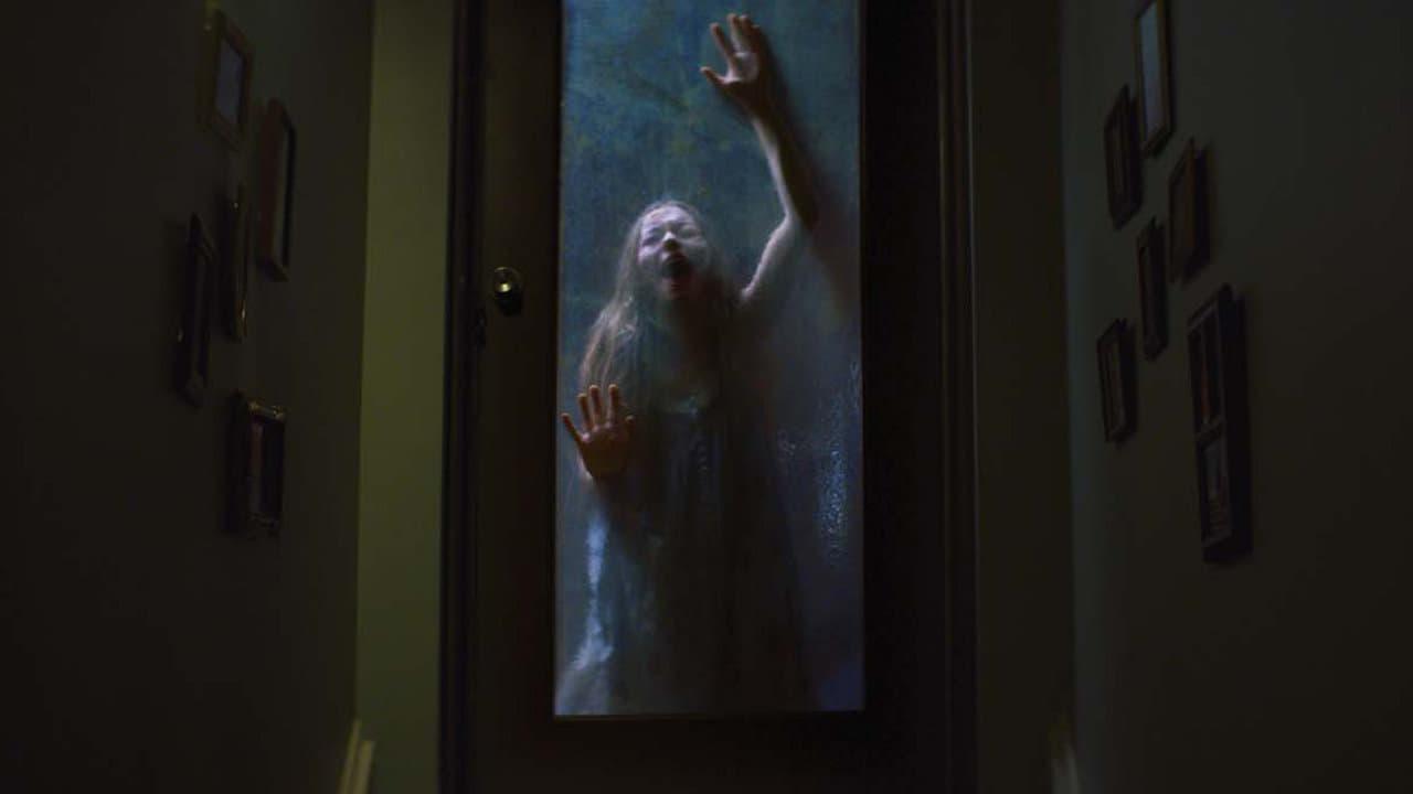 "Image du film ""Ghostland"""