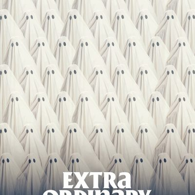"Affiche du film ""Extra Ordinary."""
