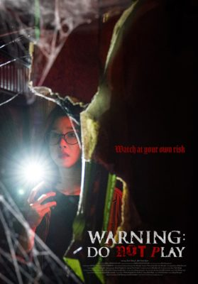 "Affiche du film ""Warning : Do not play"""